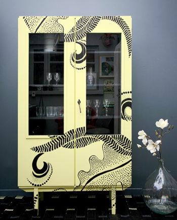 armoire jaune BD