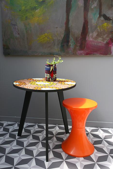 table tripode boucle d or 60 cm la mauvaise r putation. Black Bedroom Furniture Sets. Home Design Ideas