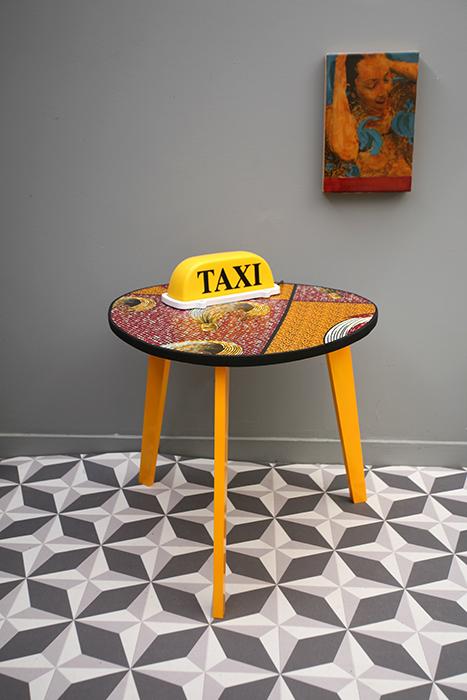 table tripode boucle d or 55 cm la mauvaise r putation. Black Bedroom Furniture Sets. Home Design Ideas
