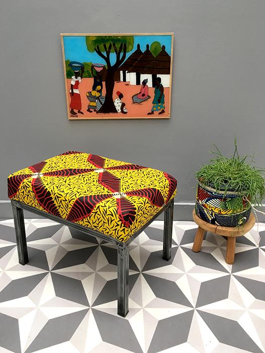 tabouret choupi red yellow la mauvaise r putation. Black Bedroom Furniture Sets. Home Design Ideas
