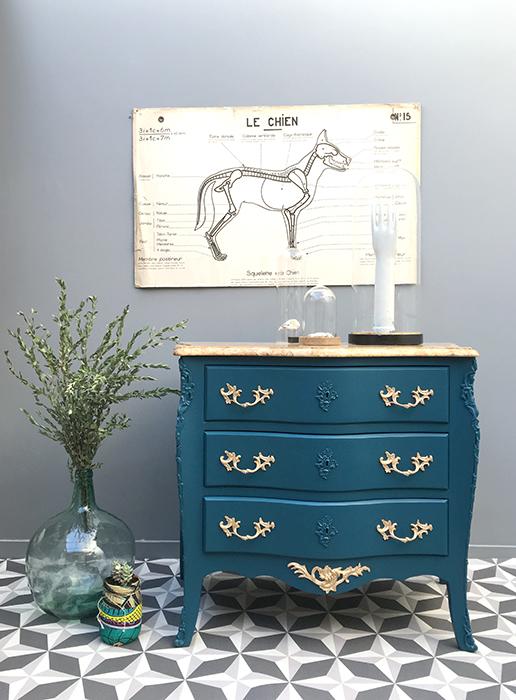 commode deep blue la mauvaise r putation. Black Bedroom Furniture Sets. Home Design Ideas