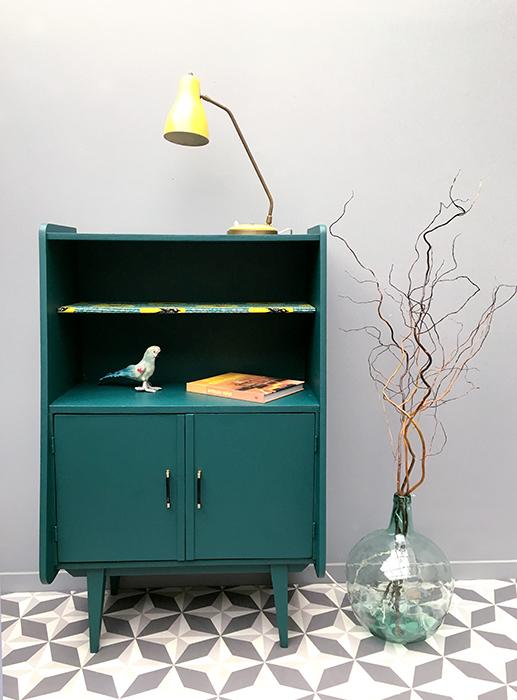 secr taire hirondelles la mauvaise r putation. Black Bedroom Furniture Sets. Home Design Ideas