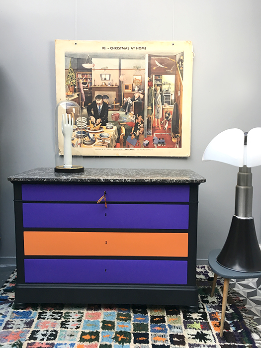 commode ultra violet la mauvaise r putation. Black Bedroom Furniture Sets. Home Design Ideas
