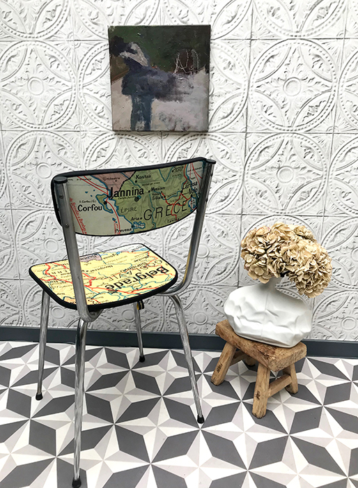 la chaise budapest la mauvaise r putation. Black Bedroom Furniture Sets. Home Design Ideas